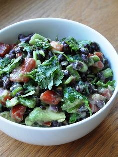 Honey, What's Cooking?: A healthy Avocado & Black Bean Salad. before going to the Oprah show - Part Think Food, I Love Food, Food For Thought, Good Food, A Food, Yummy Food, Whole Food Recipes, Great Recipes, Cooking Recipes