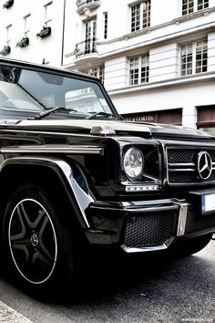 """watchanish:  """" G63 AMG x London.  More of our footage at WatchAnish.com.  """""""