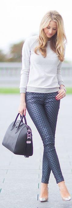 The Bag and the Leggings make this! (PS)