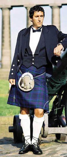 Kilt Scottish Man, Scottish Kilts, Scottish Tartans, Tartan Kilt, Plaid, Tartan Wedding, Irish American, Men In Kilts, Men Formal