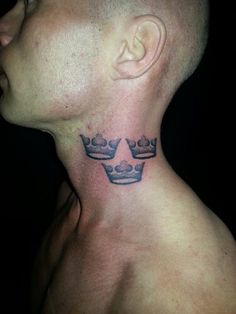 Tre kronor, three crowns dotwork tattoo | Mary Jane Tattoo ... Mary Jane Tattoo - Dotwork Artist - WordPress.com375 × 500Search by image image