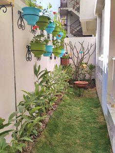 Side Garden, Terrace Garden, House Plants Decor, Plant Decor, Side Yard Landscaping, Minimalist Garden, Garden Makeover, Garden Landscape Design, Interior Garden