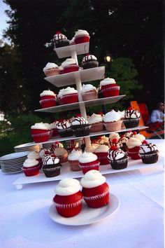 red velvet cupcake display - Google Search