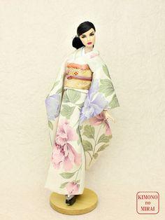 Free shipping! KIMONOnoMIRAI Beige Furisode dress,doll Fashion Royalty,FR12 #KIMONOnoMIRAI