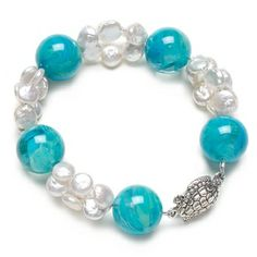 June birthstone: Pearl bracelet.  Find more projects on BeadStyleMag.com