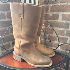 ALL LEATHER DINGO BOOTS Beautiful EUC Dingo Leather Boots. Excellent condition only worn maybe 3 times! No where to store them in my new little condo. Beautiful leather and great condition! Dingo Shoes