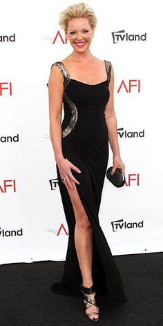 Katherine Heigl gives her gams some face time in slinky metallic accented Monique Lhuillier