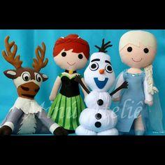 Nada melhor do que esta em família... #frozen #minuatelie #frozenparty #felt #feltros #olaf #Anna #Elsa #Sven