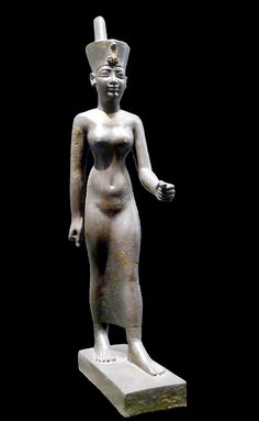 Statue of Neith, Louvre museum