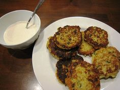 Cheesy Quinoa Cakes with Roasted Garlic and Lemon Aioli...Thanks to spoonforkbacon.com for this delicious recipe!