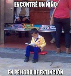 Niño en peligro de extinción.