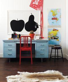 kid desk