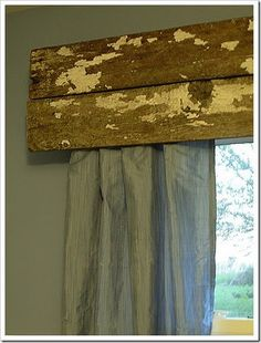 valance - don't like what's pictured, but the idea is something I can work with!