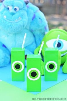 Monsters Inc - 5 projects inspired by Monsters University .love these juice boxes from A Pumpkin and a Princess Monster Inc Party, Monster Birthday Parties, 3rd Birthday Parties, Boy Birthday, Birthday Ideas, Fiesta Monster University, Monsters University, Party Themes, Party Ideas