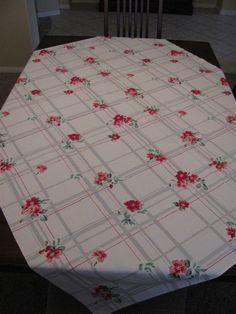 Vintage Mid Century Tablecloth Red Pink by blackscottietreasure