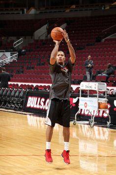 this man....<3 Derrick Rose Pictures - Chicago Bulls - ESPN