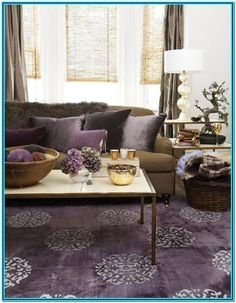 Modern living room with purple rug, chocolate brown sofa couch, purple cushions and brown curtains purple living room home decor home ideas living room ideas Living Room Colors, Living Room Grey, Living Room Designs, Living Room Decor, Bedroom Colors, Living Area, Plum Living Rooms, Sofa Colors, Decor Room