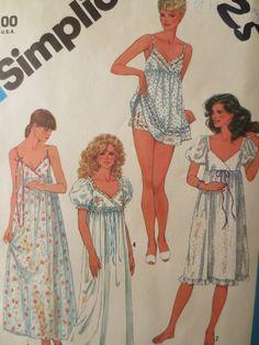 Vintage Simplicity 6468 Sewing Pattern, 1980s Nightgown Pattern, Sleepwear Pattern, Baby Doll PJs, Bust 34, Vintage Sewing