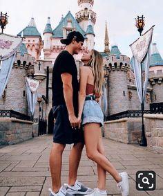 New travel couple photography romances pictures 54 Ideas Disney World Fotos, Disney World Pictures, Cute Disney Pictures, Cute Couple Pictures, Couple Pics, Couples Disneyland, Disney Couples, Cute Relationship Goals, Cute Relationships