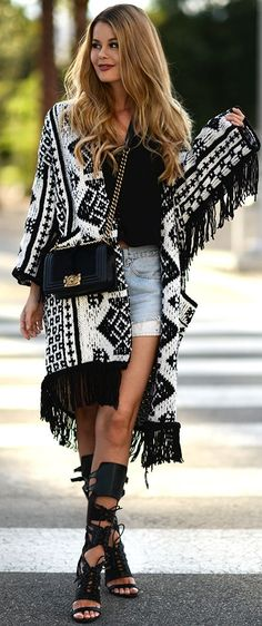 Ethno Fringed Cardi Fall Street Style Inspo by Annette Haga