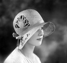 Not winter, but must mark this for summer - lovely cut out effect.  Wonder if this could be done in art deco