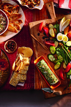 We're craving antipasto! Click the link in our bio for tips to prepare the perfect platter! Herbed Goat Cheese Recipe, Goat Cheese Recipes, Cheese Log, Tailgating Recipes, Football Food, Game Day Food, Antipasto, Food Styling, Cravings