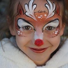 When you think about face painting designs, you probably think about simple kids face painting designs. Many people do not realize that face painting designs go Party Makeup, Eye Makeup, Twiggy Makeup, Geisha Makeup, Reindeer Face Paint, Tinta Facial, Christmas Face Painting, Christmas Face Paint Ideas, Wonder Woman Makeup