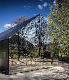 Fælledparken, Copenhagen DK #copenhagen #københavn #cph #kbh #Fælledparken #architecture #architecturalphotography #danisharchitecture #colors #denmark #dk #city #cityscape #park #small #mirror #glass #reflection #reflections #wood #tree #nature #building #urban #composition #geometry