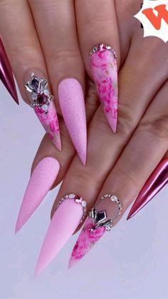 Pink Stiletto Nails, Pink Acrylic Nails, Sexy Nails, Bling Nails, Glitter Nails, Trendy Nail Art, Flower Nails, Summer Nails, Nail Colors