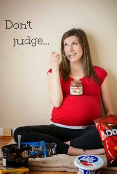New Trend For Pregnancy Photos - Crazy Cravings
