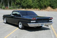 1960 Pontiac Catalina : сайт Новой Усмани и Воронежской обРAustin Martin, Jaguar, Vintage Cars, Antique Cars, Pontiac Catalina, Pontiac Cars, Pontiac Bonneville, Sweet Cars, Pontiac Firebird