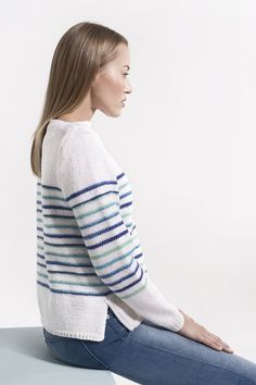 Naisen raidallinen neulepusero Novita 7 Veljestä ja 7 Veljestä Raita | Novita knits Crafts To Do, Diy Clothes, Knitting Patterns, Knit Crochet, Turtle Neck, Pullover, Knitting Sweaters, Tops, Knits