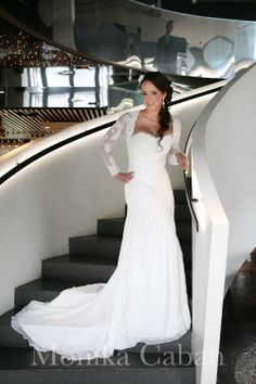 bride on stairs........MONIKA CABAN photography