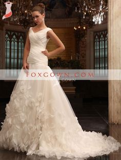 Luxury White Chapel Train Wedding Dress with Soft Flower Skirt and Button Zipper Back #wedding_dress #gown #bridal_gowns #long_train #fashion #beauty