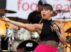 Five things you might not know about Alicia Keys - Yahoo Celebrity UK