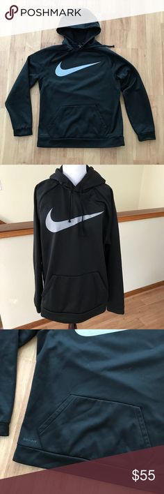 Nike Men's Black Hooded Sweatshirt Size Large ⚜️I love receiving offers through the offer button!⚜️ Good condition, as seen in pictures! Fast same or next day shipping!📨 Open to offers but I don't negotiate in the comments so please use the offer button😊 Check out the rest of my closet for more Adidas, Lululemon, Tory Burch, Urban Outfitters, Free People, Anthropologie, Topshop, Asos, Revolve, Zara, and American Apparel! Nike Shirts Sweatshirts & Hoodies