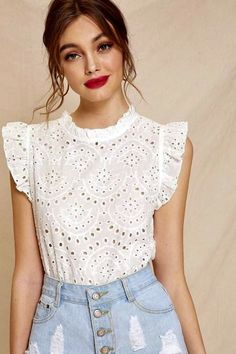 Женские блузки и рубашки td fashion 2015 blusas femininas chiffion camisas Fashion News, Fashion Outfits, Womens Fashion, Travel Outfits, Fashion 2015, Looks Casual Chic, Mode Rose, Summer Outfits, Cute Outfits