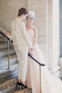 Winter wedding inspiration at the New York Public Library | Photo by His and Her weddings | Read more - http://www.100layercake.com/blog/?p=79390