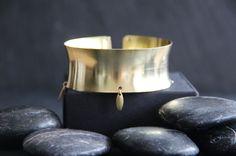 Myo jewel - manchette en laiton brut avec lamelles / raw brass cuff