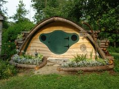 A tiny house. I love it. - Click image to find more Science & Nature Pinterest pins