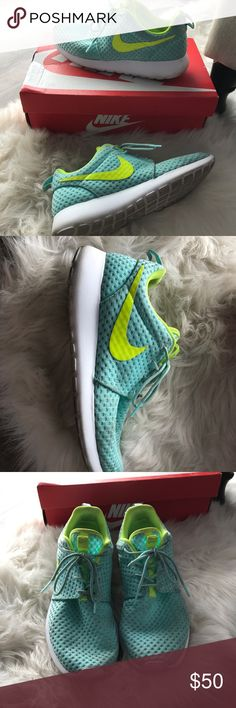 Nike rouche Beautiful aqua blue / neon yellow NIKE Rouche training shoes size womens 8.5- minimal wear with no major scuffs or marks Nike Shoes Athletic Shoes