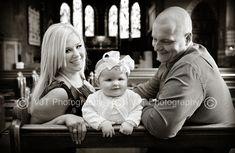 Idea para retrato familiar el día del bautizo.