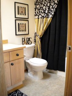Yellow And White Bathroom Decorating Ideas black and yellow bathroom. the blak will tone done the ridic