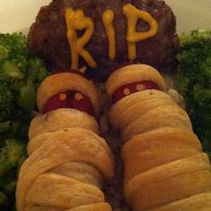 Halloween dinner? .. mom told me to never play with my food!