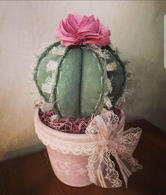 Cactus with flower, Paper Cactus, Cactus Craft, Cactus Decor, Felt Crafts, Fabric Crafts, Diy Crafts, Felt Flowers, Fabric Flowers, Felt Succulents