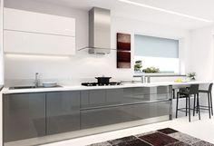 Forme uniche tra linee orizzontali e verticali - PRATICA #LaCasaModerna #Living #Kitchens ● lacasamoderna.com