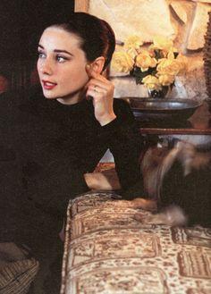 Celebrities_OFFmag: Audrey Hepburn (1929–1993)