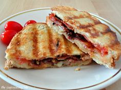 The Captivating Life: Bacon and Tomato Grilled Cheese Sandwiches