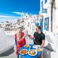 We stumbled upon this lovely greek restaurant called Penelope's while strolling around the streets of Pyrgos! Such a lovely place to share a lunch the restaurant is owned and managed by an adorable old couple! Greek Island Tours, Greek Islands, Old Couples, Couples In Love, Travel Pose, Couple Goals, Greek Restaurants, Santorini Greece, Santorini Vacation