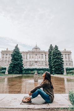 Sabatini Gardens behind the Royal Palace of Madrid Spain Tourism, Spain Travel, Travel Pictures, Travel Photos, Foto Madrid, Madrid Girl, Madrid Travel, Europe Photos, Spain And Portugal